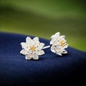NEW 925 Sterling Silver Lotus Flower Stud Earrings